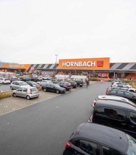 Provincie bevestigt trap op rem bij Hornbach; Almelo maakt zich op voor Raad van State