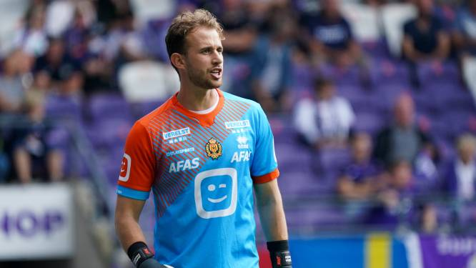 """Gaëtan Coucke (KV Mechelen) incasseert zeven tegengoals tegen Anderlecht: """"Dit is onacceptabel"""""""