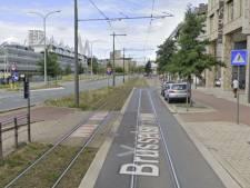 Fietser (28) zwaargewond na aanrijding door tram