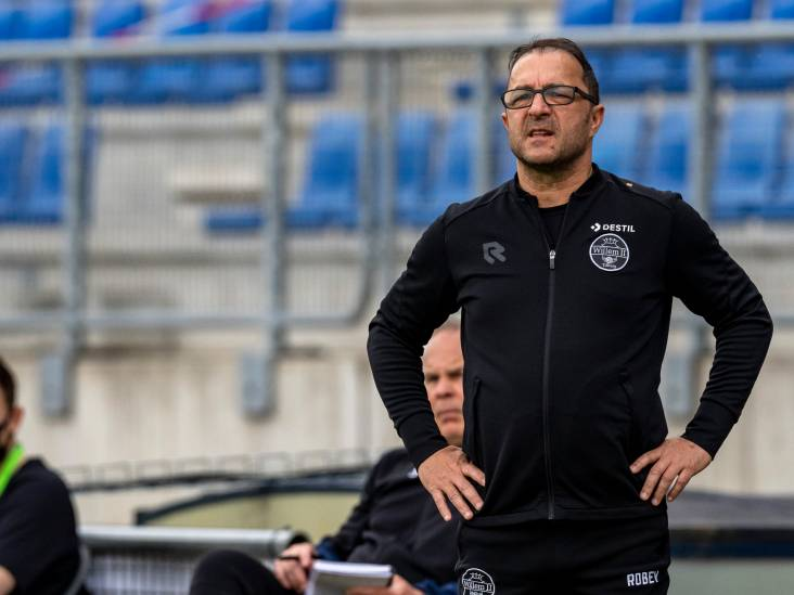 Petrovic: 'In Nederland verkoopt de ene club geen wedstrijd aan de andere club'