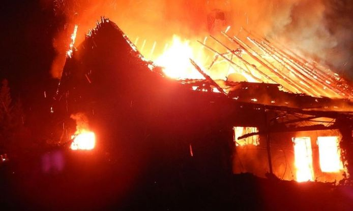 Het huis in Borken ging in een vlammenzee verloren. Alsmede de levens van vader (97) en zoon (60).
