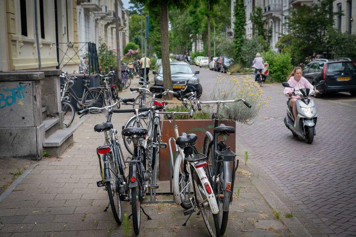 Overlast door verkamering in het Spijkerkwartier in Arnhem leidde tot strengere regels en een vergunningplicht. Archieffoto: Erik van 't Hullenaar