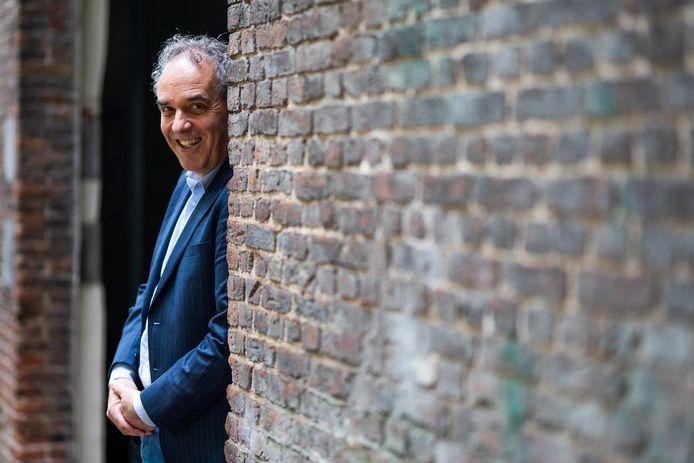 Bob Roelofs is voor lokale partij Arnhem Centraal kandidaat voor een wethouderspost in het stadsbestuur van Arnhem.