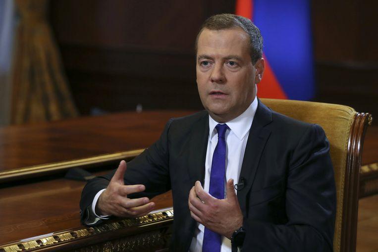 Russisch premier Dimitri Medvedev eerder deze week tijdens een interview met de krant 'Kommersant'. Beeld REUTERS