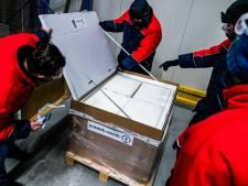 Nederland nog niet hersteld van valse start: karrenvrachten vaccins in vriezer