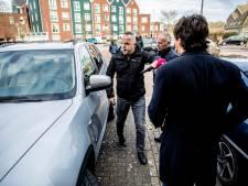 Vrouw van Urker die journalist aanreed: 'Kom ons op iedere andere dag bevragen, maar niet op zondagmorgen'