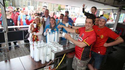 """Halle promoot herbruikbare beker: """"Drank smaakt beter en ander afval wordt minder snel weggegooid"""""""