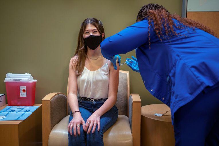 In de VS, zoals hier in New Orleans, worden tieners van 12 tot 15 jaar al gevaccineerd met het Pfizer-vaccin.  Beeld Reuters