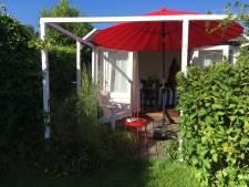 Mauk is helemaal blij met haar tuin: 'Ik voel me een enorme geluksvogel, het is echt mijn lustoord'