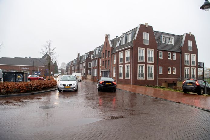Er ligt een plan om de Vechtkade in Ommen op slot te doen voor gemotoriseerd verkeer.