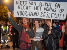 Protest tegen uitzetting van krakers 't Pand en eis om gehoord te worden verloopt zonder incidenten