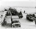 Canadese troepen maken zich gereed voor de strijd om de Sloedam.