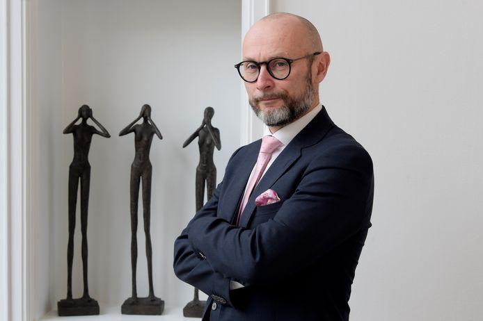 Advocaat Erik Schellingen, de raadsman van de getroffen agenten