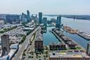 Een luchtfoto van het historische havengebied van Liverpool, dat nu van de Unesco-lijst is gehaald.