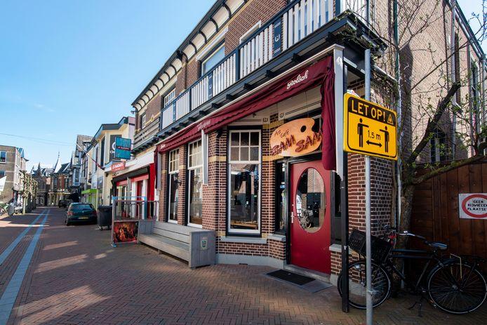 Artcafé SamSam aan de van Kinsbergenstraat in Apeldoorn gaat op de schop.