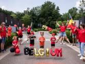 """#REDCHALLENGE. Herk-de-Stad maakt Simon Mignolet trots en kleurt helemaal rood: """"Sfeer is er al, nu nog de beker!"""""""