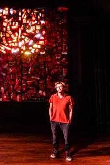 Een symfonie van licht, door zeshonderd achterlichten van auto's: 'Kun je gewoon in je lunchpauze bekijken'