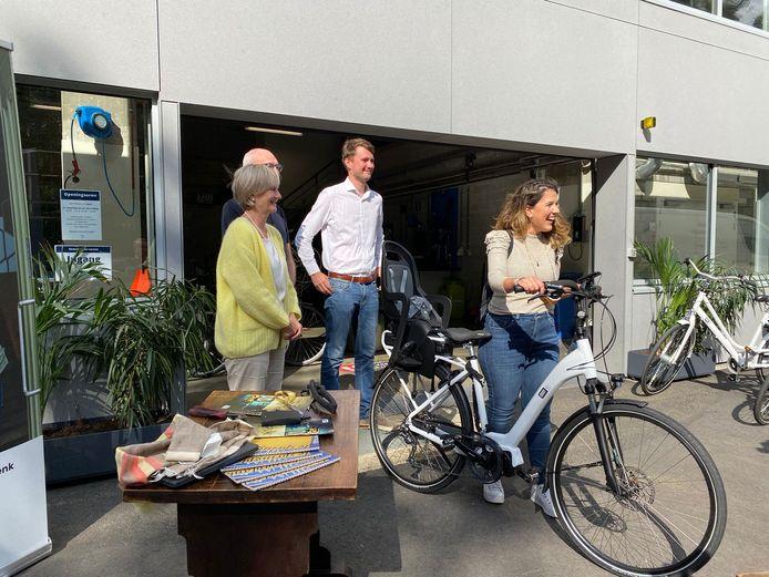 De eerste vijftien fietsen zijn ondertussen al uitgeleend aan Genkenaren.
