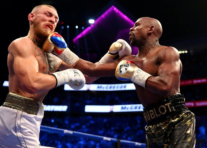 Floyd Mayweather Jr. bij zijn gevecht met Conor McGregor in Las Vegas op 26 augustus 2017. Mayweather won toen. Gaat Mayweather het nu nog opnemen tegen Manny Pacquiao?