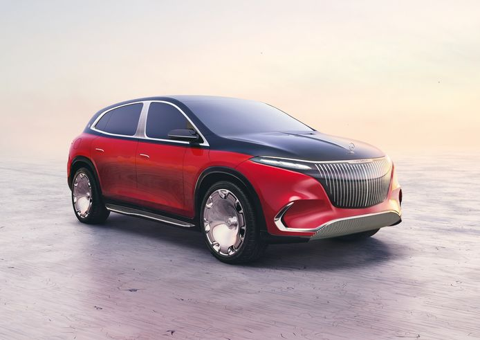 De Concept Mercedes-Maybach EQS staat op enorme 24-inch wielen