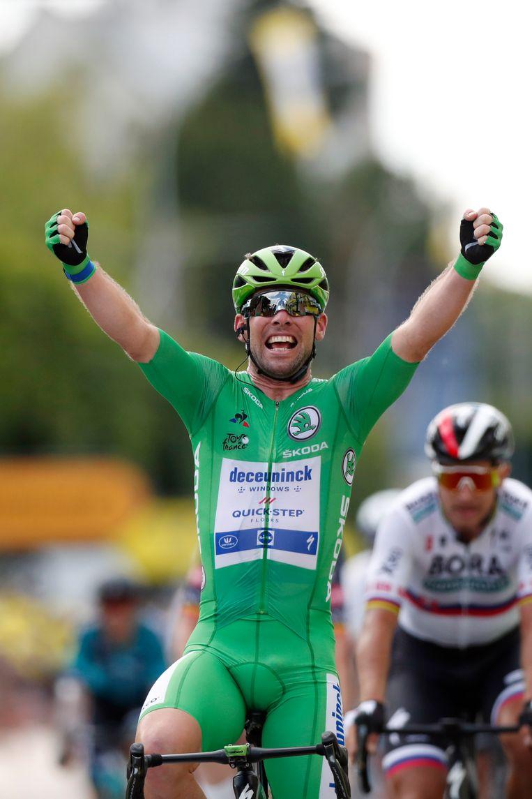 De Brit Mark Cavendish wint zijn tweede etappe in de Tour van 2021. Beeld AP