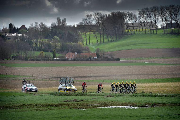 Sep Vanmarcke, Maarten Tjallingii , Tom Leezer Thomas en Maarten Wynants op training. Beeld PHOTO_NEWS