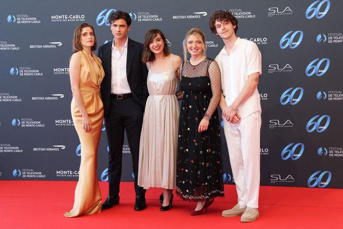 """Le cast de la série """"Mixte"""": Maud Wyler, Baptiste Masseline, Nina Meurisse, Lula Cotton Frapier et Gaspard Meier-Chaurand."""