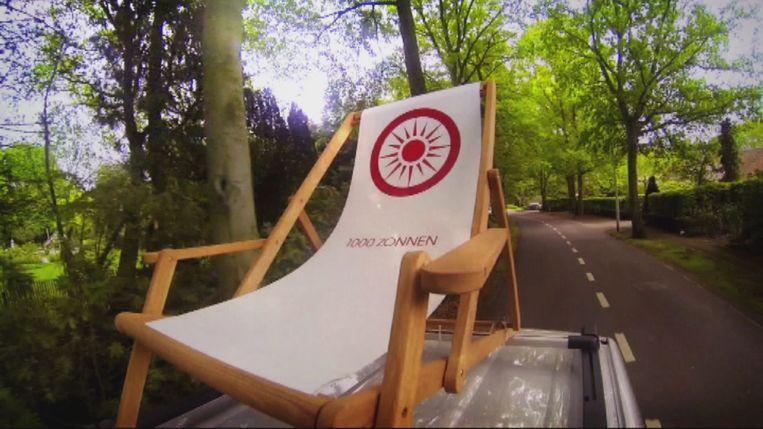 De stoel begon als item in het zomerprogramma '1000 zonnen'. Beeld © VRT