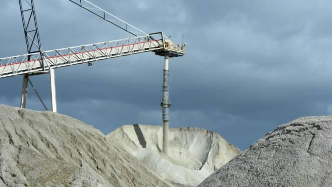 """""""Westerse regeringen moeten voorraden zeldzame metalen aanleggen"""""""