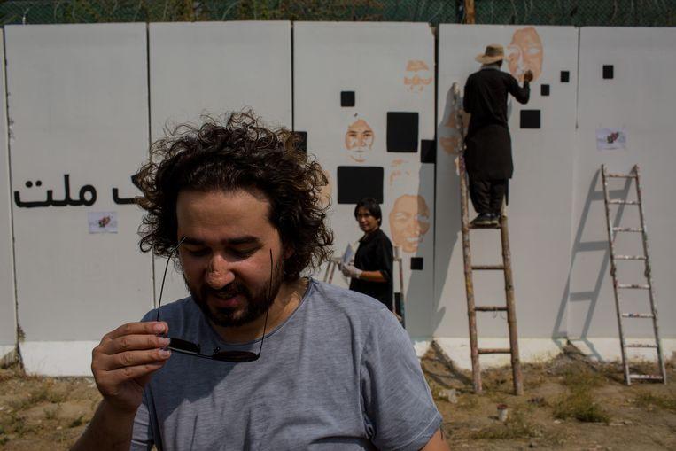 'Elke Afghaan leeft voortdurend in angst. We zijn eraan gewend, we weten hoe we ermee moeten omgaan, maar diep van binnen gaan we er allemaal aan kapot.' Beeld Yan Boechat