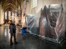 Houtworm teistert kerk Deventer: 'Het kruis was voor de helft al weggevreten'
