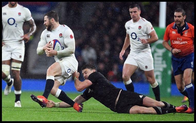 Engeland-Nieuw-Zeeland in het Twickenham Stadium in Londen. Ook in het rugby zullen de gevolgen van een harde brexit groot zijn. Beeld Photo News