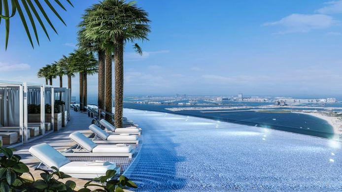 Met een lengte van 94,84 meter en een breedte van 16,5 meter is de infinity pool bijna twee keer zo lang als een olympisch zwembad.