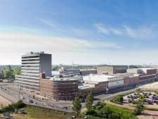 Bij Siemens in Hengelo wappert nu de VDL-vlag