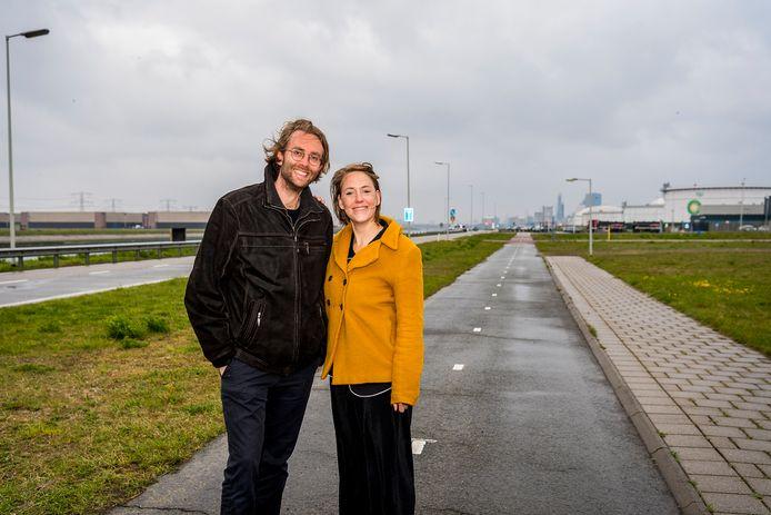 Noëlle Ingeveldt met partner Juriaan van Berkel hebben een natuurfilm gemaakt op de Maasvlakte.