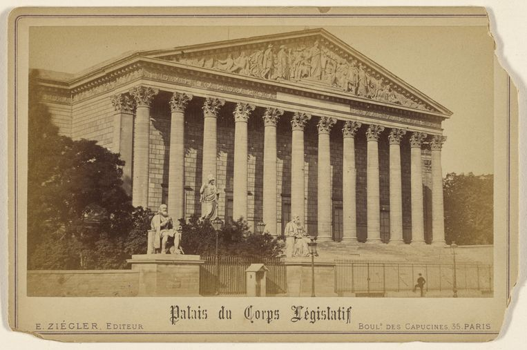 Het Palais du Corps Législatif, E. Ziegler, rond 1880. Beeld Alamy Stock Photo