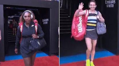 """Serena Williams moet vlak voor partij tegen Halep hilarische bocht maken wanneer """"het nummer één van de wereld"""" aangekondigd wordt"""