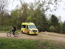 Jonge mountainbiker breekt arm door val bij Zandgat Lunteren