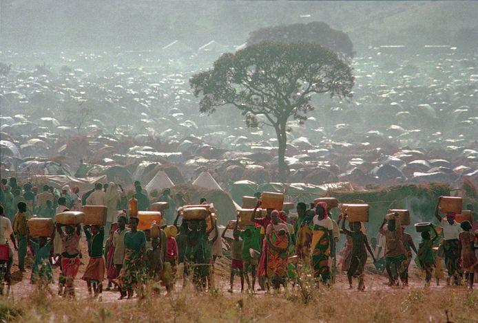Rwandezen op de vlucht tijdens de genocide van 1994.