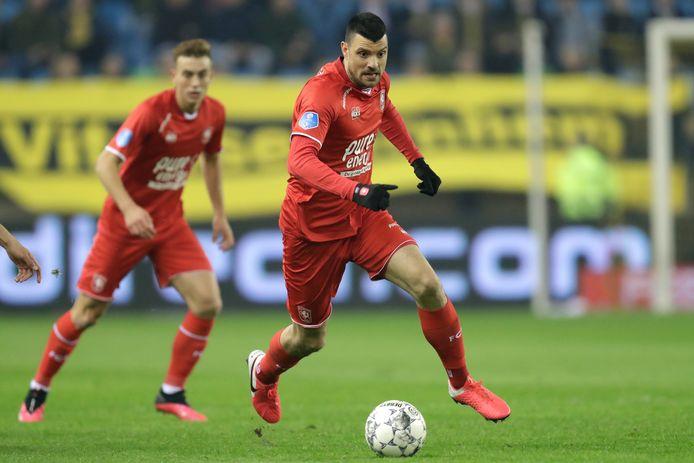 Haris Vuckic is bezig aan zijn derde seizoen bij FC Twente.