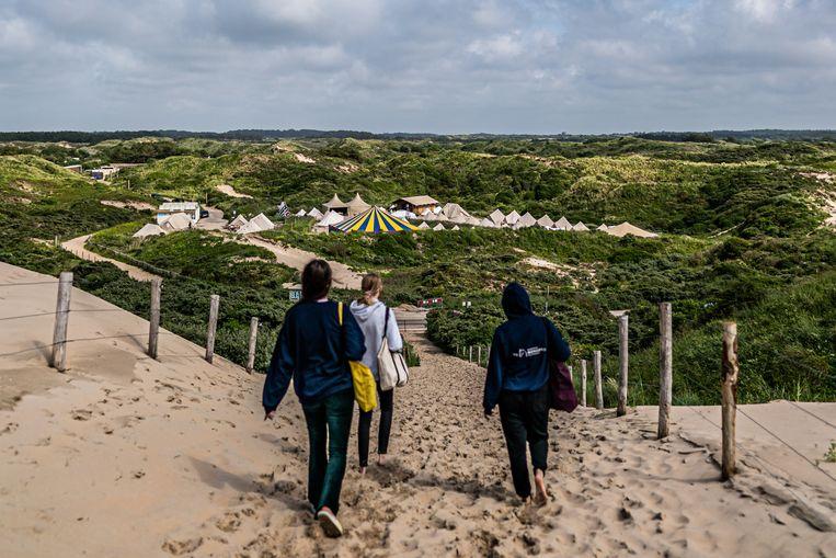 Camping de Lakens achter de duinen. Beeld Joris van Gennip