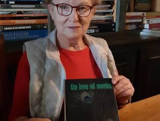 Ina Stabergh stelt boek 'Van de Oerknal tot heden' voor