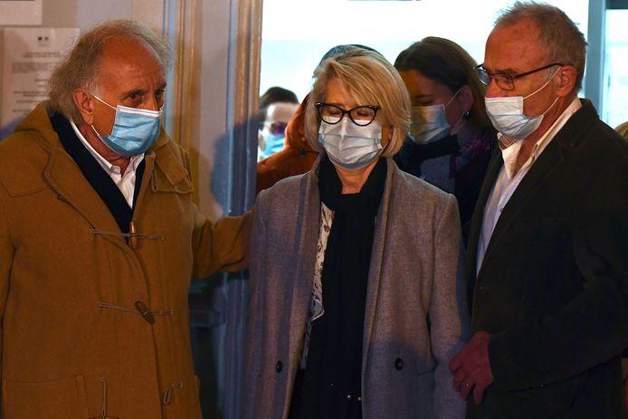 Isabelle et Jean-Pierre Fouillot, les parents d'Alexia (avec Gilles-Jean Portejoie, leur avocat)