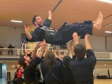 Beste Japanse zwaardvechter van Nederland woont in Tilburg: 'Razendsnel met het bamboezwaard'