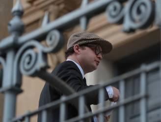 Neef van Britse Queen veroordeeld tot 10 maanden celstraf voor seksueel misbruik