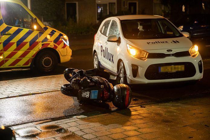 Ongeluk scooter en auto