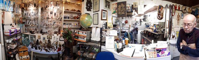 Een overzicht van de winkel en het museumpje. Foto Janneke Hobo