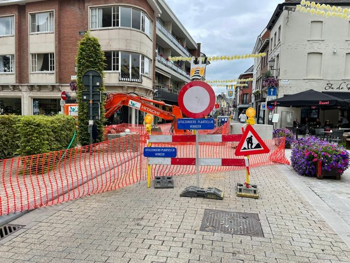 De rioleringswerken in het centrum zijn eindelijk afgerond (archiefbeeld).
