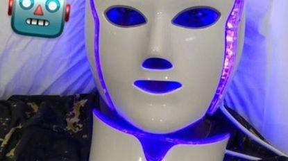 IJdeltuit: met dit robotmasker van 2.250 euro moet Paul Pogba (24) er vooral jong blijven uitzien
