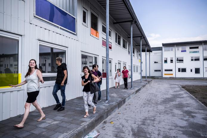 Het studentencomplex waar studenten en statushouders met elkaar samenwonen.